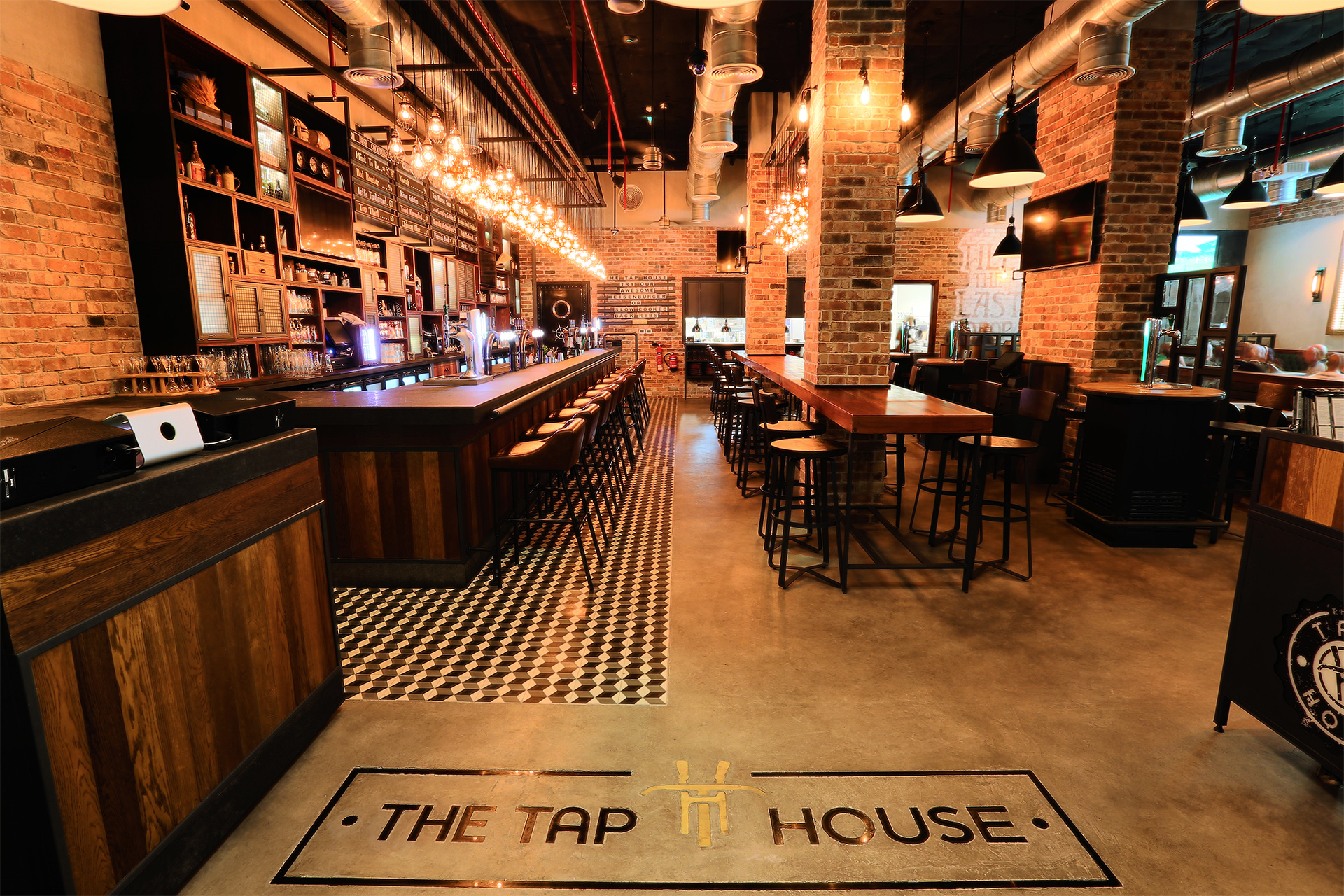 Creneau Interior Design Agency Dubai Middle East Tap House Entrance