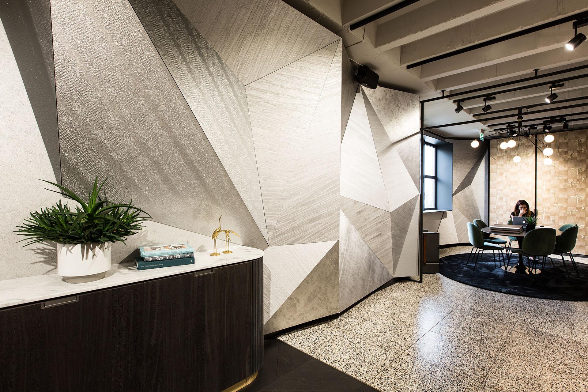 Creneau Interior Design Agency Dubai Middle East Arte Interior Meeting Space